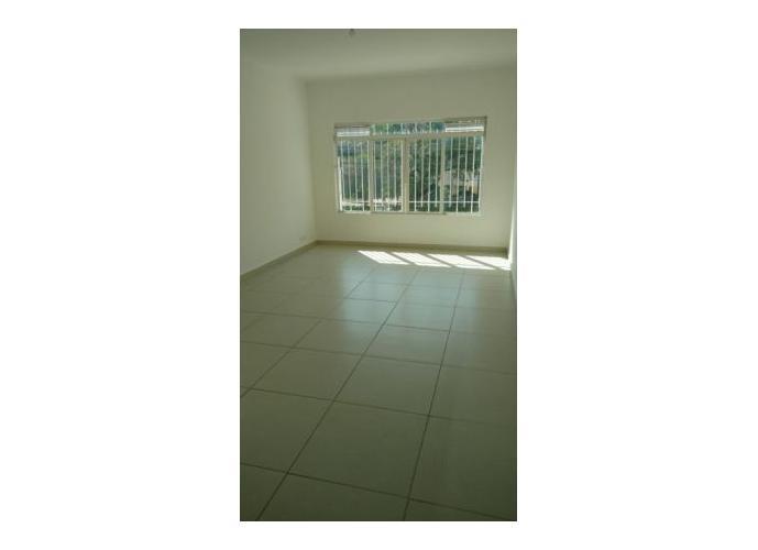 Sobrado à venda, 180 m², 3 quartos, 2 banheiros