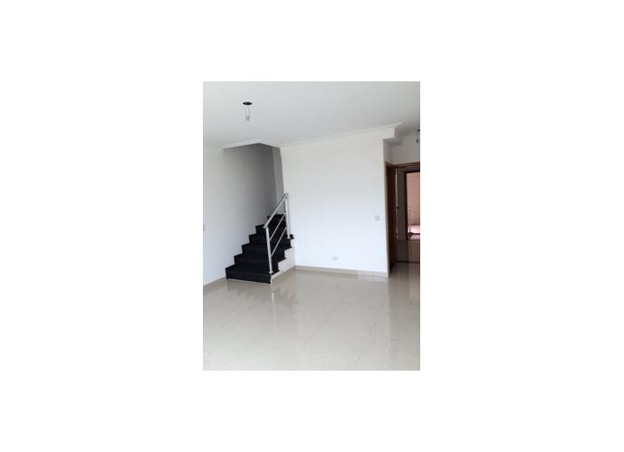 Sobrado à venda, 130 m², 2 quartos, 1 banheiro, 2 suítes
