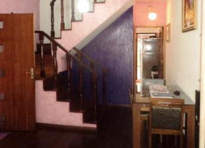 Sobrado à venda, 126 m², 3 quartos, 2 banheiros