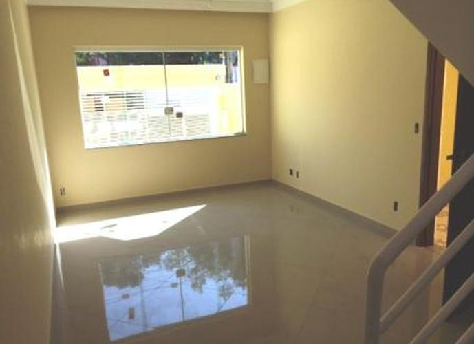Sobrado à venda, 133 m², 3 quartos, 3 banheiros