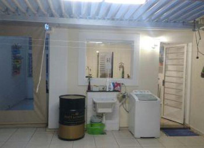 Sobrado à venda, 100 m², 2 quartos, 3 banheiros
