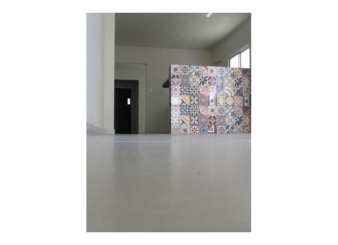Sobrado à venda, 107 m², 1 quarto, 1 banheiro