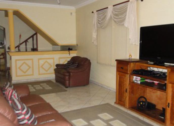 Sobrado à venda, 125 m², 3 quartos, 2 banheiros