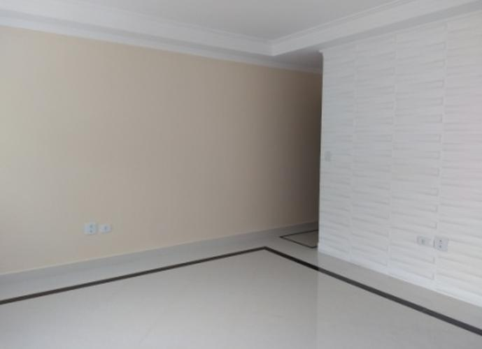 Sobrado à venda, 180 m², 2 quartos, 1 banheiro, 2 suítes