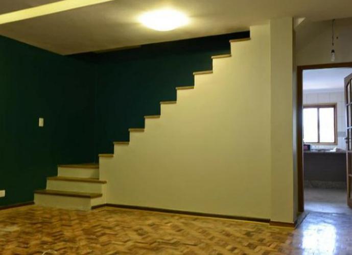 Sobrado à venda, 200 m², 3 quartos, 3 banheiros, 1 suíte