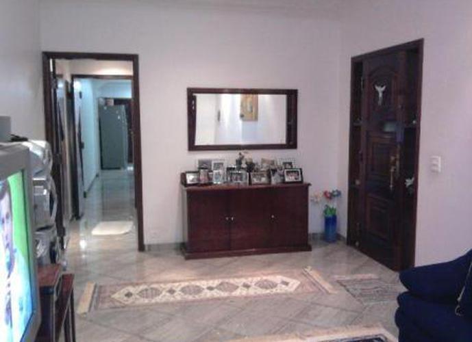 Sobrado à venda, 185 m², 3 quartos, 1 banheiro, 1 suíte