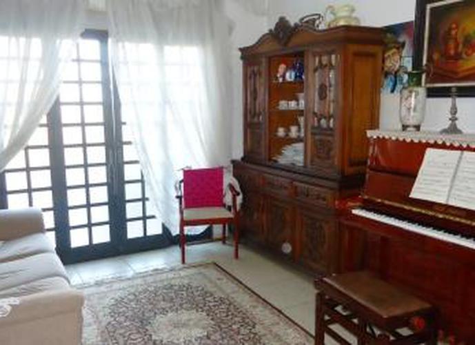 Sobrado à venda, 145 m², 2 quartos, 1 banheiro