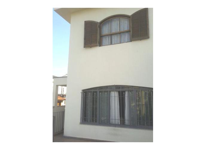 Sobrado à venda, 180 m², 3 quartos, 3 banheiros, 1 suíte