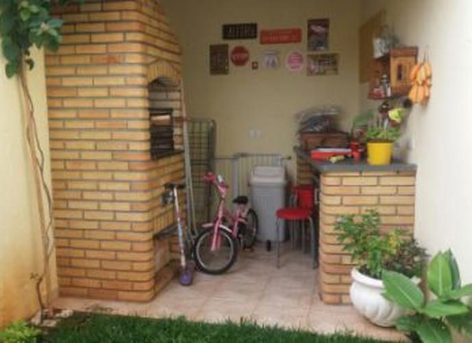 Sobrado à venda, 127 m², 3 quartos, 1 banheiro, 1 suíte