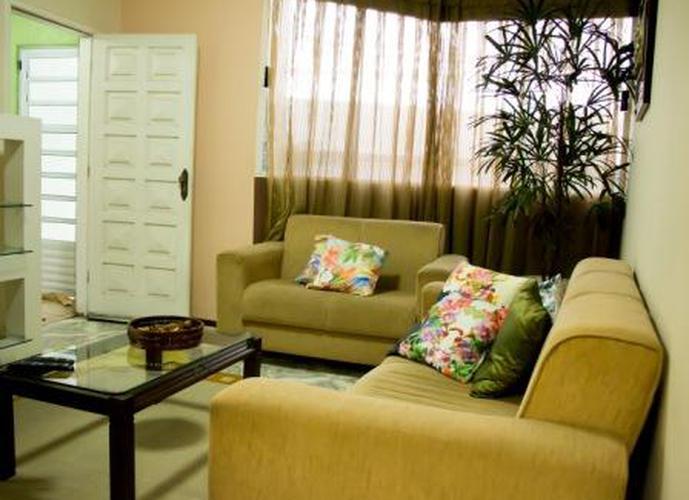 Sobrado à venda, 202 m², 3 quartos, 1 banheiro