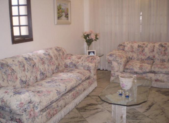 Sobrado à venda, 148 m², 3 quartos, 1 banheiro, 3 suítes