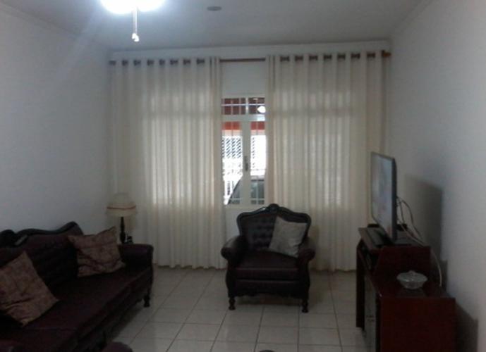 Sobrado à venda, 140 m², 3 quartos, 1 banheiro