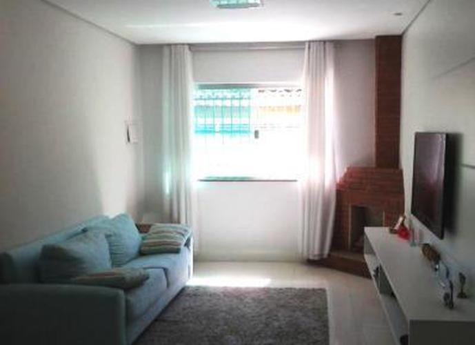 Sobrado à venda, 145 m², 3 quartos, 1 banheiro, 2 suítes