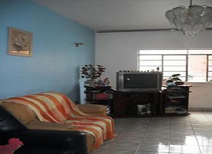 Sobrado à venda, 280 m², 3 quartos, 1 banheiro, 3 suítes