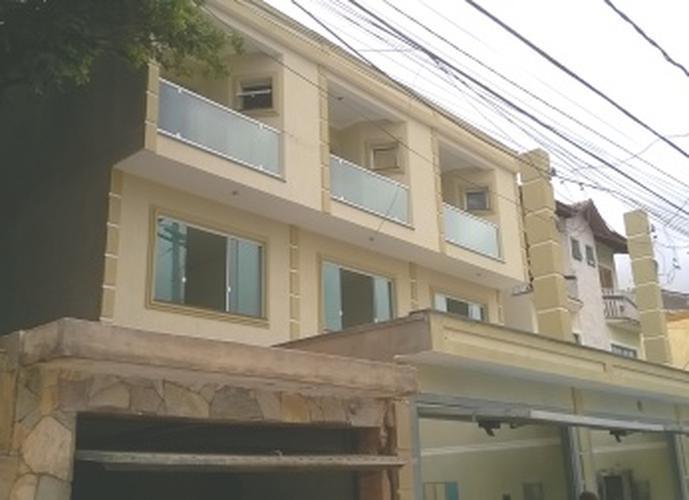 Sobrado à venda, 120 m², 3 quartos, 1 banheiro, 1 suíte
