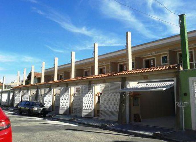 Sobrado à venda, 115 m², 3 quartos, 1 banheiro, 2 suítes