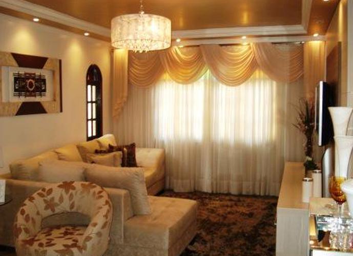 Sobrado à venda, 210 m², 3 quartos, 1 banheiro, 1 suíte