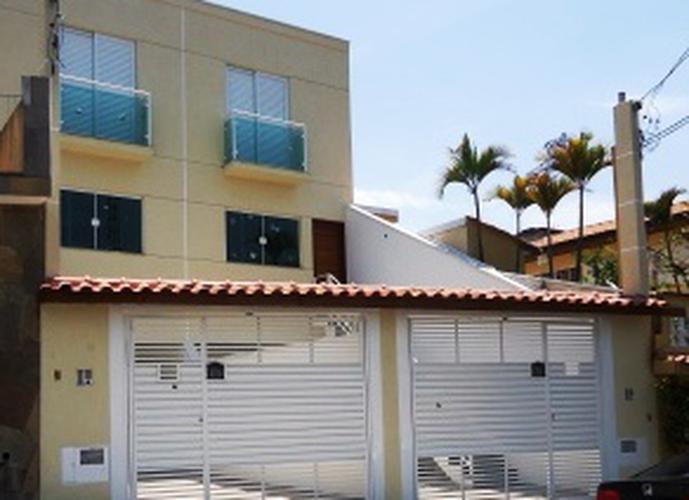 Sobrado à venda, 150 m², 3 quartos, 1 banheiro, 3 suítes