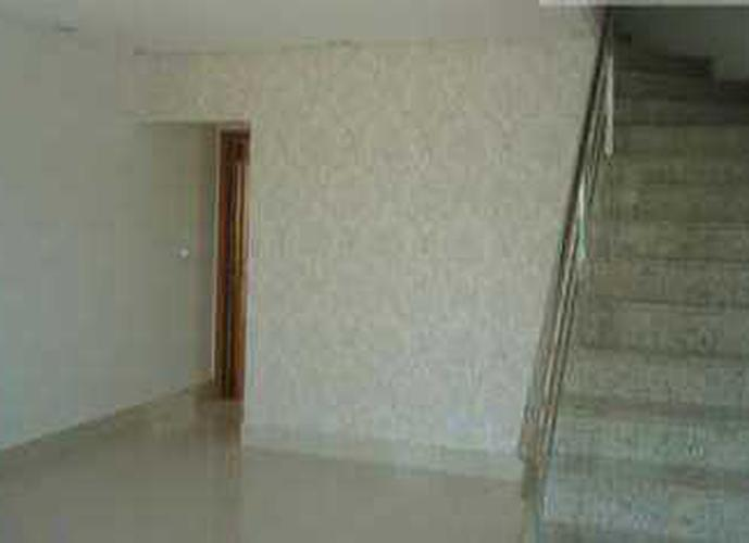 Sobrado à venda, 110 m², 3 quartos, 1 banheiro, 1 suíte