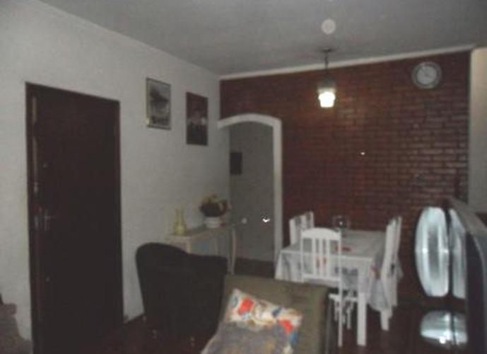 Sobrado à venda, 200 m², 3 quartos, 1 banheiro, 1 suíte