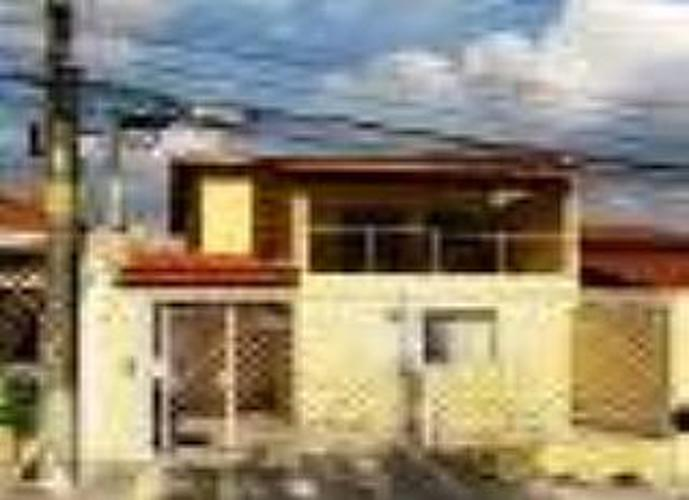 Sobrado à venda, 256 m², 5 quartos, 2 banheiros, 4 suítes
