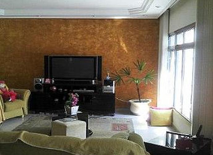 Sobrado à venda, 280 m², 4 quartos, 3 banheiros, 1 suíte