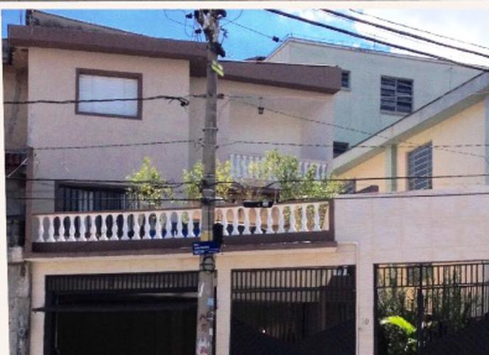 Sobrado à venda, 136 m², 2 quartos, 1 banheiro, 2 suítes