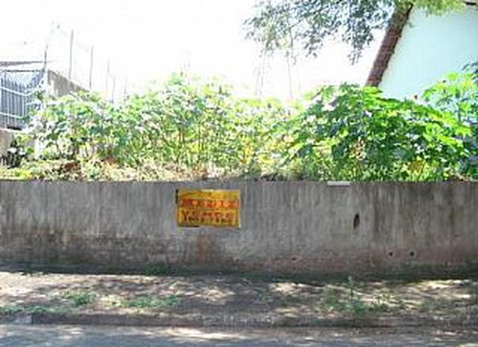Terreno à venda, 660 m²