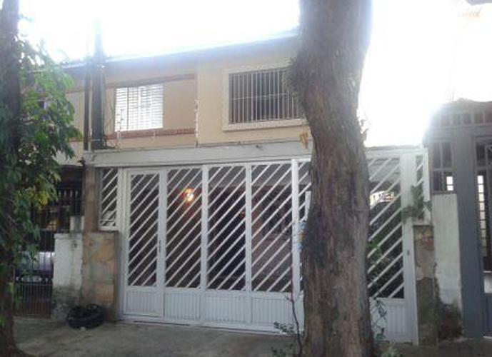 Sobrado à venda, 150 m², 2 quartos, 1 banheiro, 1 suíte