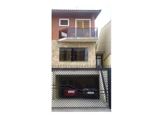 Sobrado à venda, 230 m², 3 quartos, 2 banheiros, 3 suítes