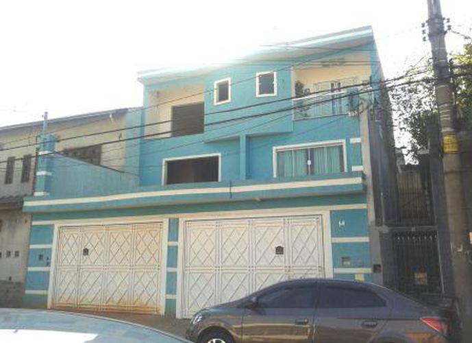 Sobrado à venda, 220 m², 4 quartos, 1 banheiro, 2 suítes