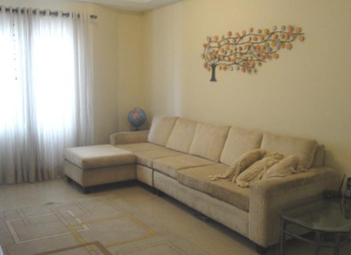 Sobrado à venda, 172 m², 3 quartos, 1 banheiro, 1 suíte