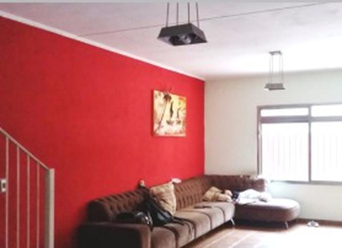 Sobrado à venda, 300 m², 4 quartos, 5 banheiros, 3 suítes