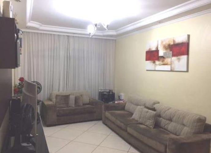 Sobrado à venda, 147 m², 3 quartos, 2 banheiros, 1 suíte