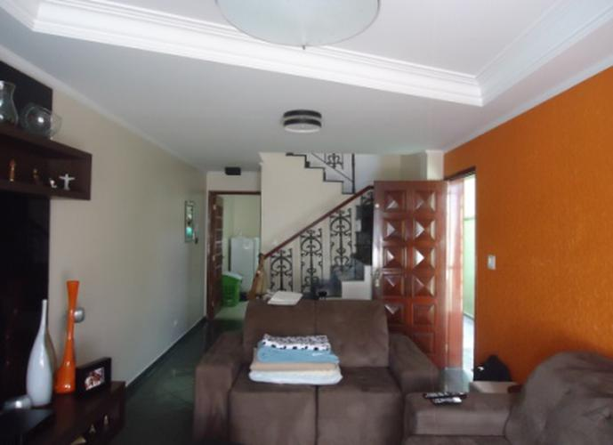 Sobrado à venda, 150 m², 3 quartos, 1 banheiro, 1 suíte