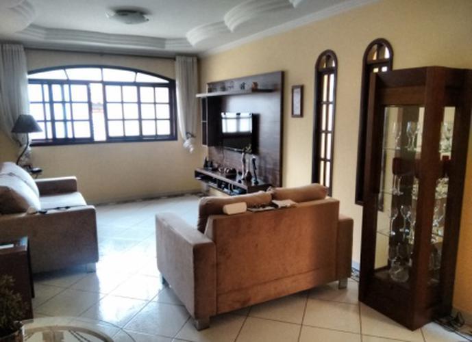 Sobrado à venda, 175 m², 3 quartos, 2 banheiros, 1 suíte