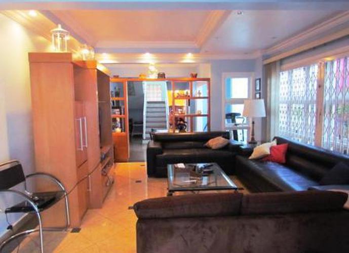 Sobrado à venda, 360 m², 4 quartos, 1 banheiro, 2 suítes