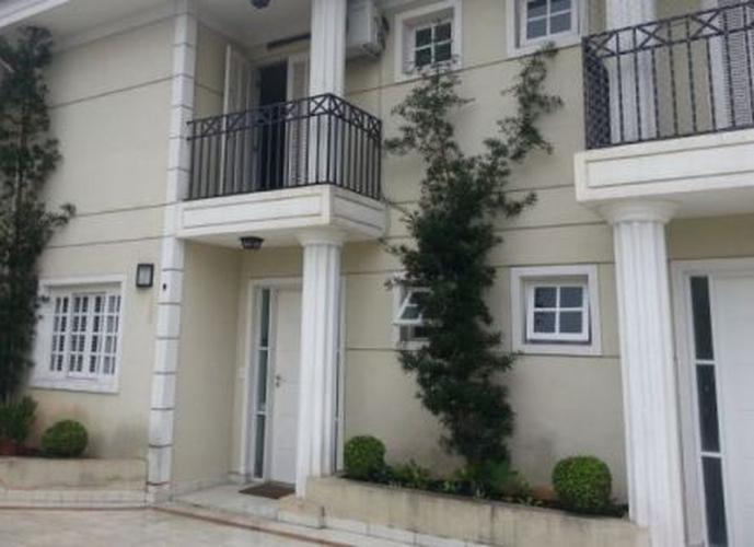 Sobrado à venda, 180 m², 3 quartos, 1 banheiro, 3 suítes