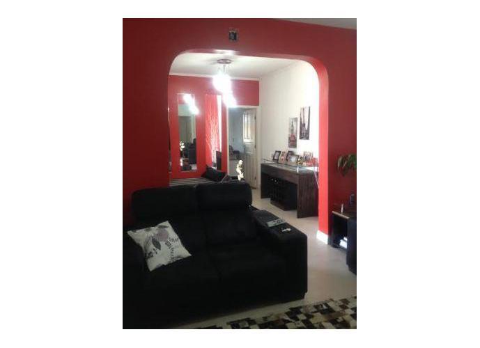 Sobrado à venda, 580 m², 4 quartos, 2 banheiros, 2 suítes