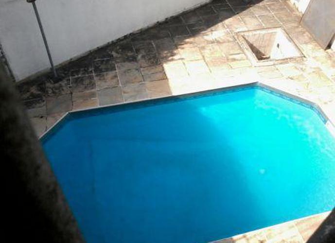 Sobrado à venda, 319 m², 3 quartos, 2 banheiros, 1 suíte