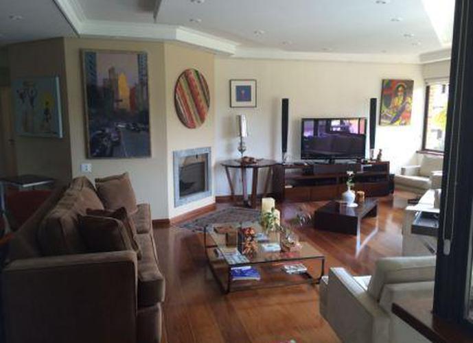 Apartamento à venda, 210 m², 3 quartos, 1 banheiro, 3 suítes