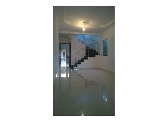 Sobrado à venda, 180 m², 4 quartos, 1 banheiro, 4 suítes