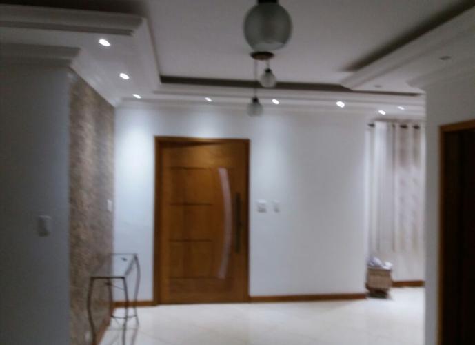 Sobrado à venda, 300 m², 3 quartos, 1 banheiro, 1 suíte