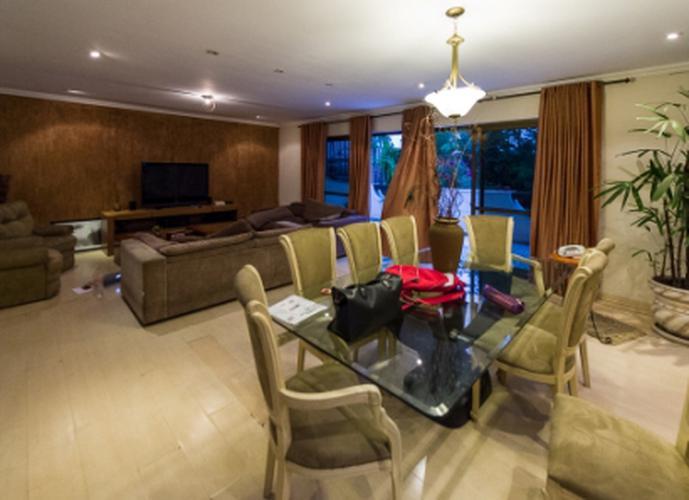 Sobrado à venda, 347 m², 3 quartos, 1 banheiro, 1 suíte