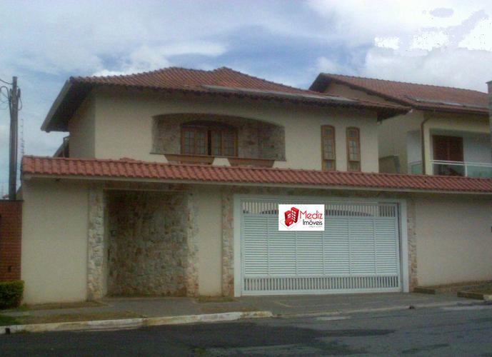 Sobrado à venda, 280 m², 3 quartos, 2 banheiros, 1 suíte