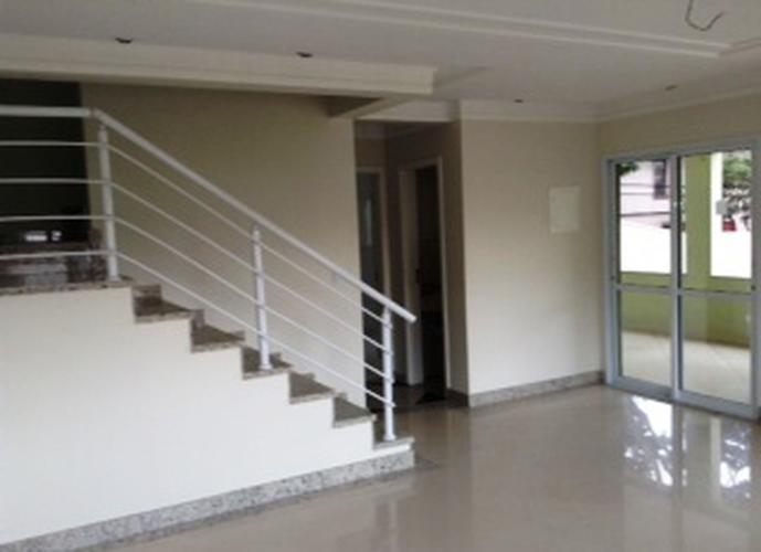 Sobrado à venda, 260 m², 4 quartos, 1 banheiro, 2 suítes