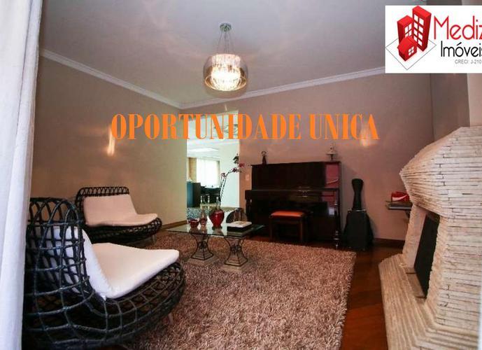 Sobrado à venda, 530 m², 4 quartos, 1 banheiro, 2 suítes