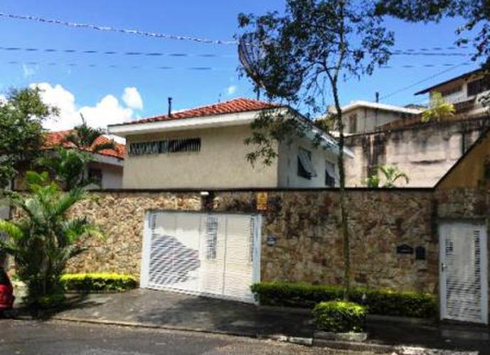 Sobrado à venda, 277 m², 4 quartos, 1 banheiro, 2 suítes