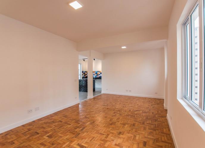 Augusta -  Reformado com varanda - 124 m²