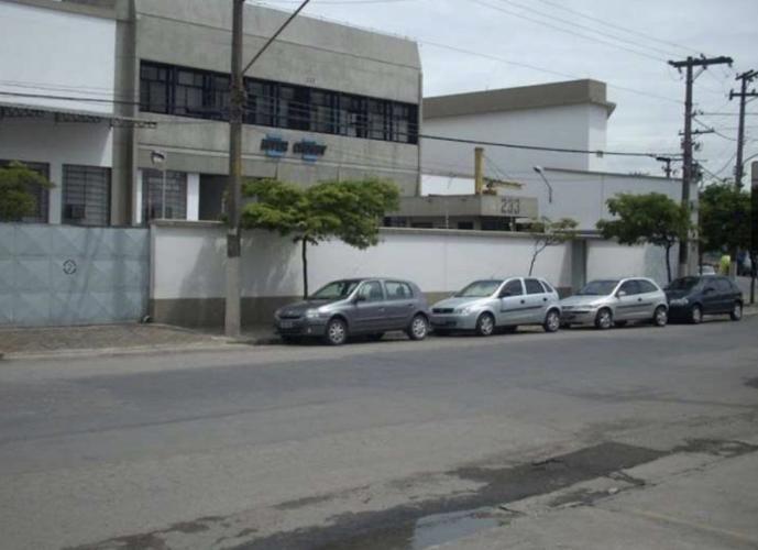 GALPÃO INDUSTRIAL - ÁGUA BRANCA